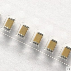 Kondensator elektrolityczny 100uF 50V ( 105°C ) op.10szt.
