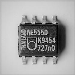 MOSTEK PROSTOWNIVZY  GBU8J    600 V, 8 A